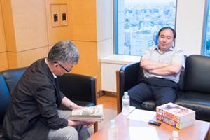 左から武川新吾、栗田宏俊。