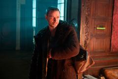 「アトミック・ブロンド」より、ジェームズ・マカヴォイ演じるデヴィッド・パーシヴァル。