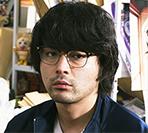 服部哲(山田孝之)