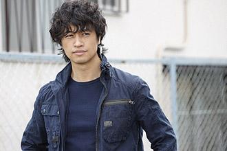 「BG~身辺警護人~」より、斎藤工演じる高梨雅也。