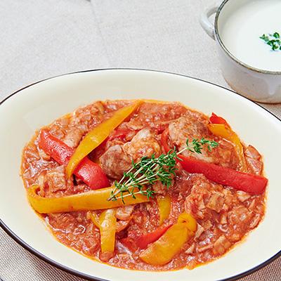 手前から鶏肉のバスク風、じゃがいもと豆腐の冷製スープ。