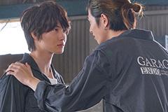 「フォルトゥナの瞳」より、左から神木隆之介演じる木山慎一郎、志尊淳演じる金田大輝。