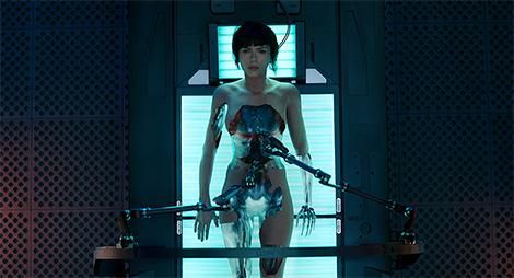 「ゴースト・イン・ザ・シェル」より、スカーレット・ヨハンソン演じる少佐。