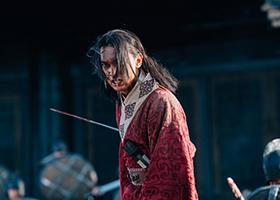 「キングダム」より吉沢亮演じる嬴政。
