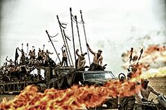 イモータン・ジョー率いる軍団。