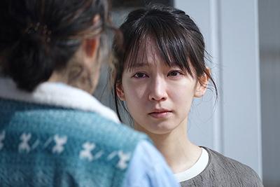 「泣く子はいねぇが」より、吉岡里帆演じることね。