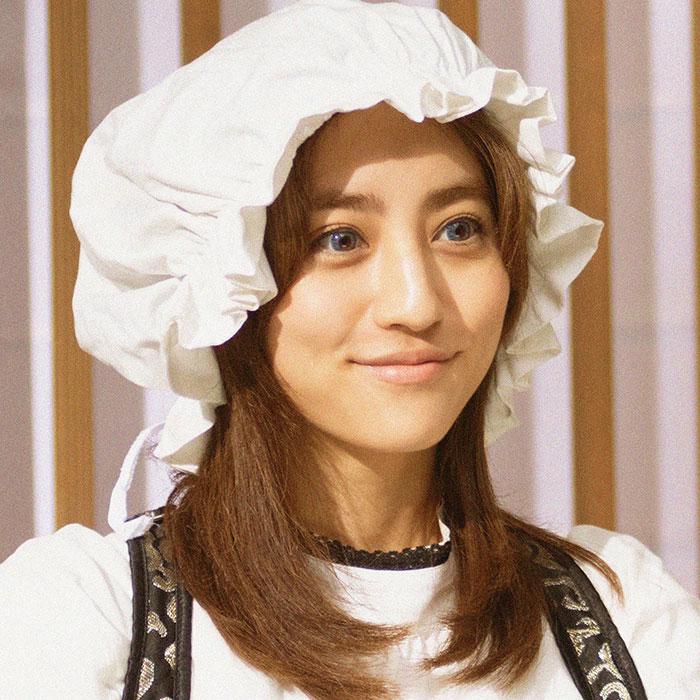 堀田茜演じるヘルミーナ。