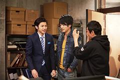 「破裏拳ポリマー」のメイキングカット。左から山田裕貴、溝端淳平、坂本浩一。