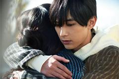 「レオン」より、吉沢亮演じる一条徹。
