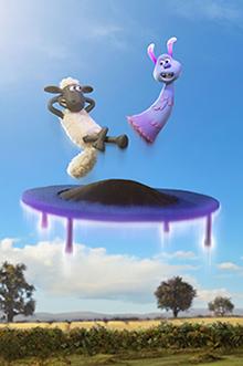 「映画 ひつじのショーン UFOフィーバー!」より、ショーン(左)とルーラ(右)。
