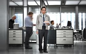 「LIFE!」より、ベン・スティラー演じるウォルター・ミティ。