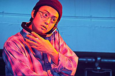 伊藤健太郎演じる屋敷。