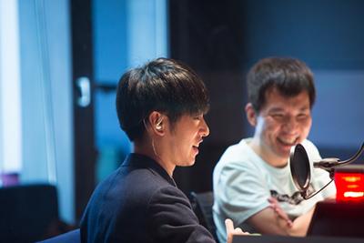 DJ 松永(左)