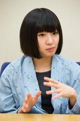津野米咲(G)