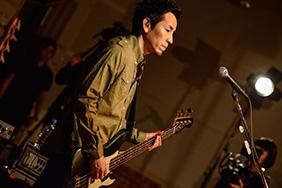 山田貴洋(B, Vo)(Photo by AZUSA TAKADA)