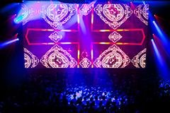 amazarashiのライブの様子。(写真提供:Sony Music Associated Records)
