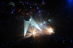 「Delight Slight Flight Tour Final」2011年2月19日@新木場STUDIO COAST(Photo by Ryo Nakajima)