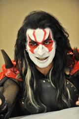 マイク・ヴェッセーラ as METAL-RIDER(Vo)