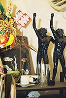河村の仕事場に飾られたオブジェ。
