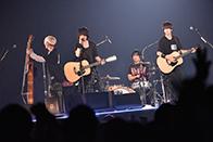 ナゴヤドーム公演の様子。