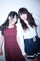 左から青山玲奈(フラップガールズスクール)、坂元由奈(FES☆TIVE)。
