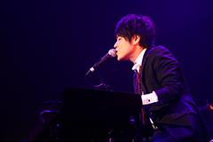 花沢耕太(Vo, Piano)
