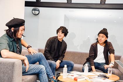 左から風次、平井拓郎(juJoe)、林隆宏(シリカ)。