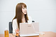 まらしぃとSkypeで対談する藤田麻衣子。