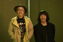 左からリリー・フランキー、峯田和伸。