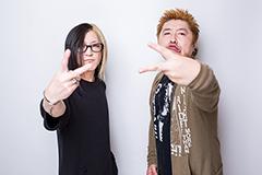 左からHISASHI(GLAY)、吉田豪。