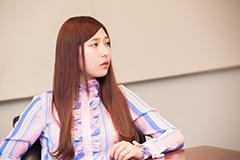 松尾レミ(Vo, G)