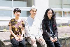 左から佐野遊穂、佐藤良成、又吉直樹。