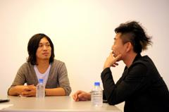 左から松尾昭彦、池田圭。