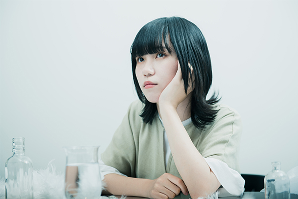 Karin.「知らない言葉を愛せない - ep」インタビュー