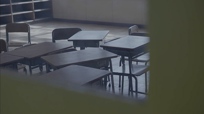 キリンレモン×BiSH「透明なままでゆけ。」ミュージックビデオのワンシーン。