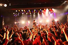 lynch.(写真は2012年12月7日の東京・LIQUIDROOM ebisu公演「THE FATAL EXPERIENCE #2 -SEIZE THE MOMENT-」の様子)