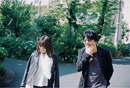 左から森恵、松井五郎。