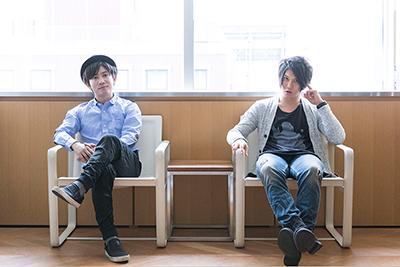 左からTom-H@ck、田淵智也。