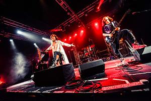 ナノ 5th Anniversary Tour「The Crossing」最終公演の様子。(写真提供:FlyingDog)