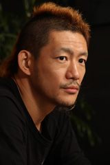 TOSHI-LOW(Vo)