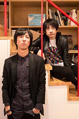 左から沖野俊太郎、小山田圭吾。