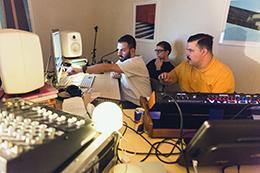 スタジオには日々、さまざまなカルチャーを持つクリエイターたちが集まる。(Photo by Dan Wilton/Red Bull Content Pool)