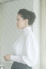 手嶌葵(a.k.a. カモン葵)