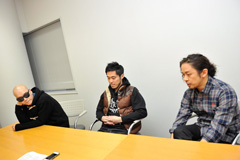 写真左から宇多丸、DJ JIN、Mummy-D