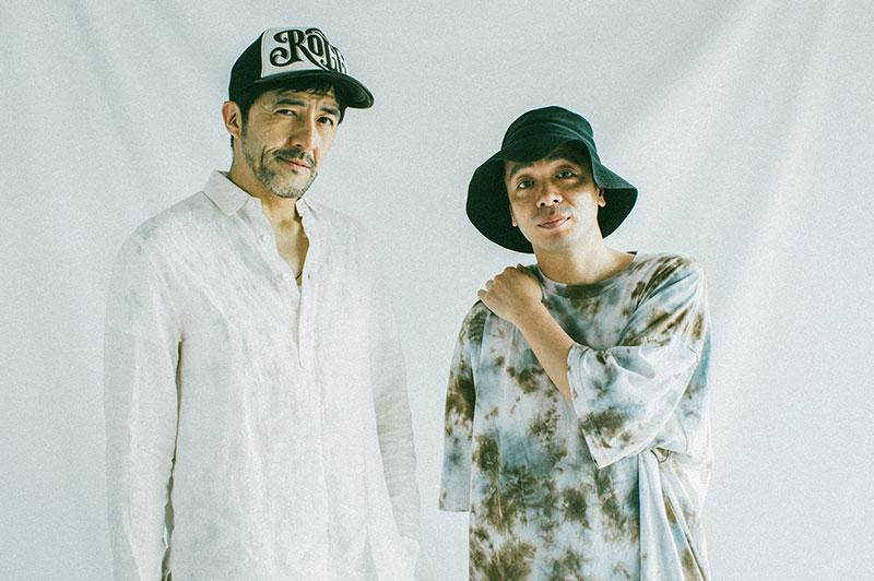 左から谷中敦(東京スカパラダイスオーケストラ)、峯田和伸(銀杏BOYZ)。