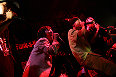 「Root & United vol.8」(SCOOBIE DO×FIRE BALL)の様子。