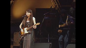 「souvenir the movie ~MARIYA TAKEUCHI Theater Live~(Special Edition)」より。