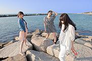 写真左からKaede、Megu、Nao☆。