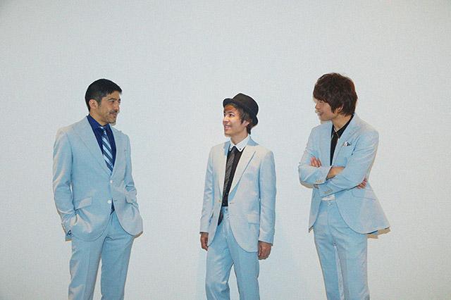 左から谷中敦(Baritone Sax)、NARGO(Tp)、茂木欣一(Dr)。