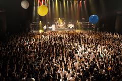 UNISON SQUARE GARDEN(2012年4月21日の東京・Zepp Tokyoワンマンライブより。Photo by 森久<Hisashi Mori>)